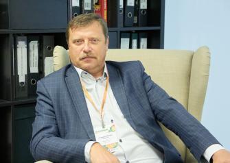 Им стал Андрей Слотин, который работает на рынке тюменской недвижимости с середины 90-х и в профессиональных кругах считается одним из его создателей в привычном нам виде.