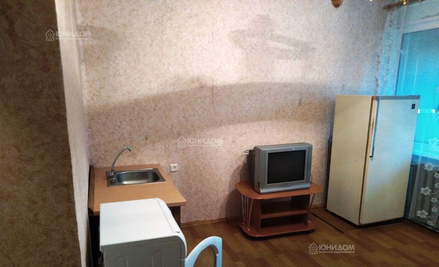 Продам 1-комн. квартиру по адресу Россия, Тюменская область, Тюмень, Мельникайте 63 фото 3 по выгодной цене