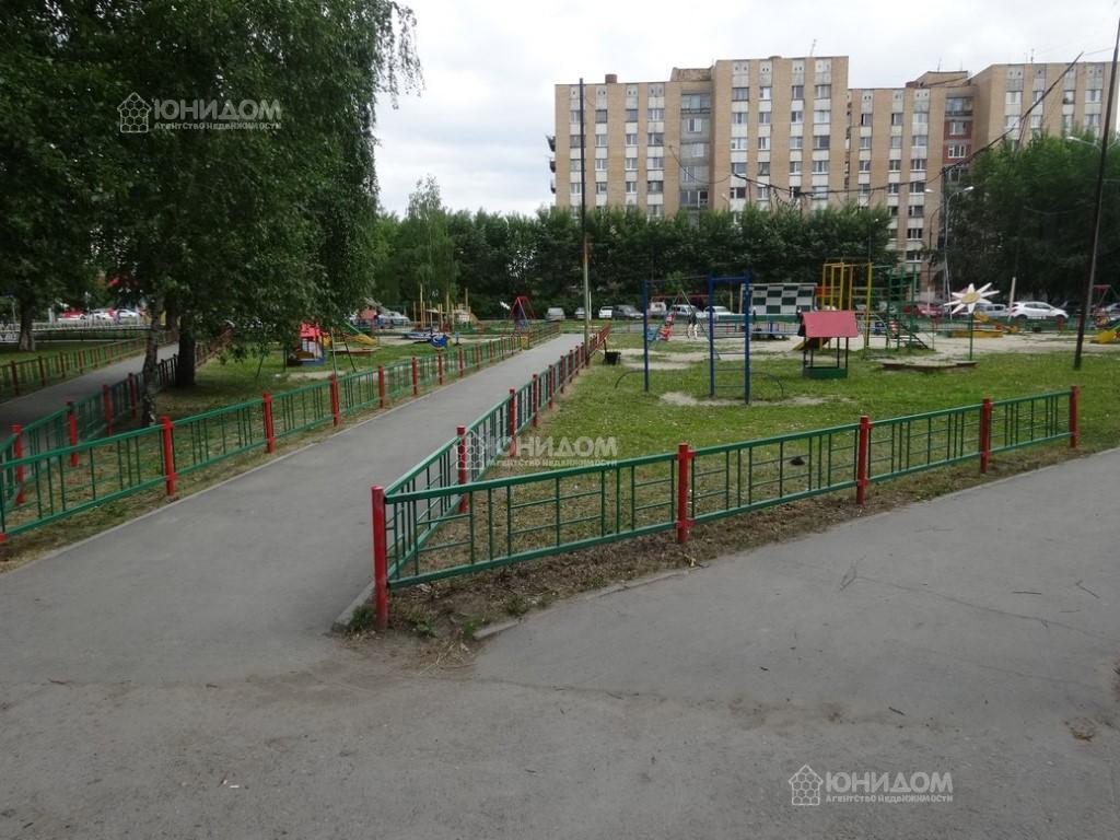 Продам 1-комн. квартиру по адресу Россия, Тюменская область, Тюмень, Республики 214 фото 5 по выгодной цене