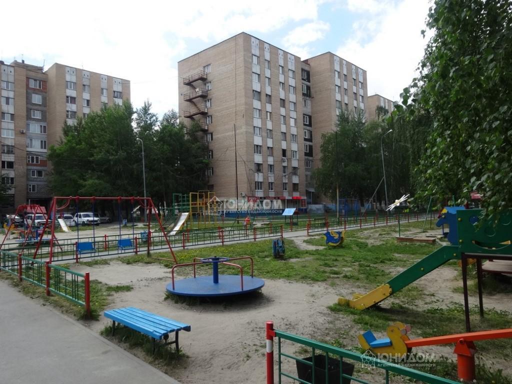 Продам 1-комн. квартиру по адресу Россия, Тюменская область, Тюмень, Республики 214 фото 4 по выгодной цене