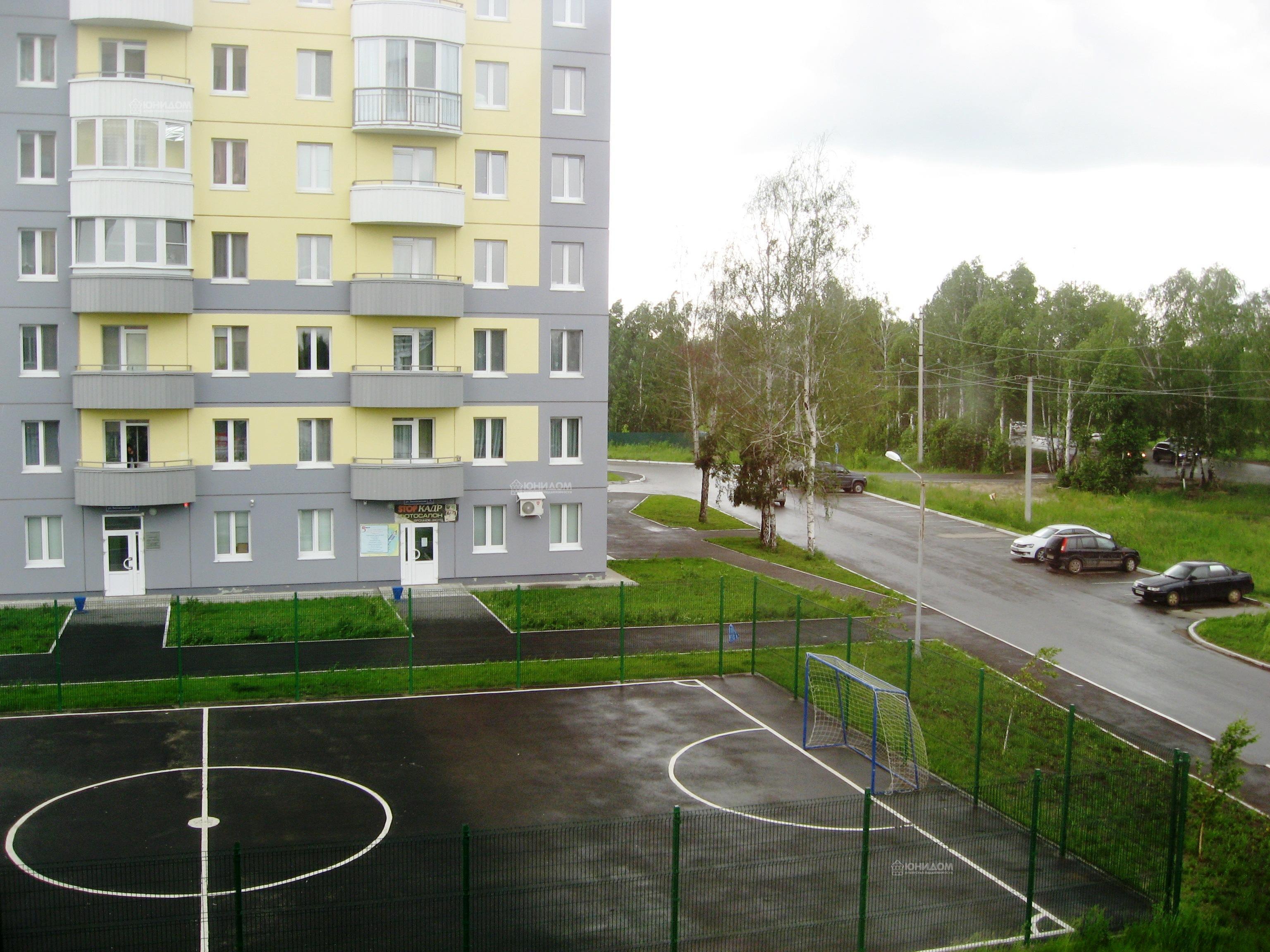 Продам 3-комн. квартиру по адресу Россия, Тюменская область, Тюмень, Беловежская 7 к1 фото 23 по выгодной цене