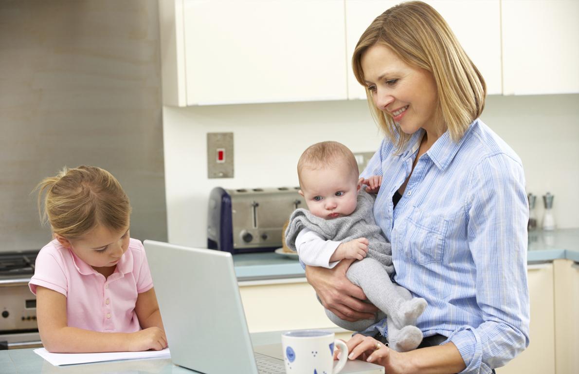 Работа для многодетной мамы. Как состояться в профессии и быть рядом с детьми?