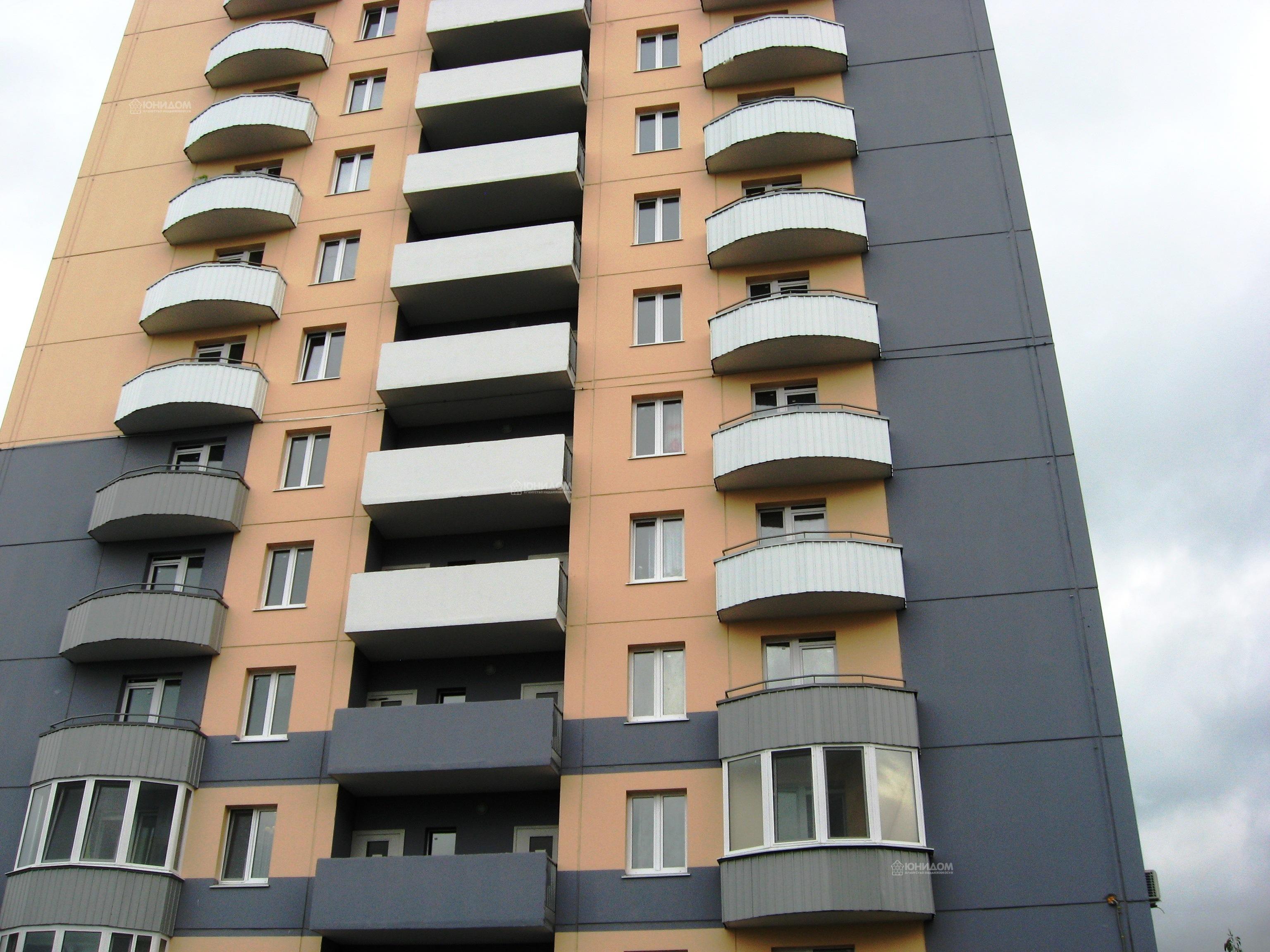 Продам 3-комн. квартиру по адресу Россия, Тюменская область, Тюмень, Беловежская 7 к1 фото 3 по выгодной цене