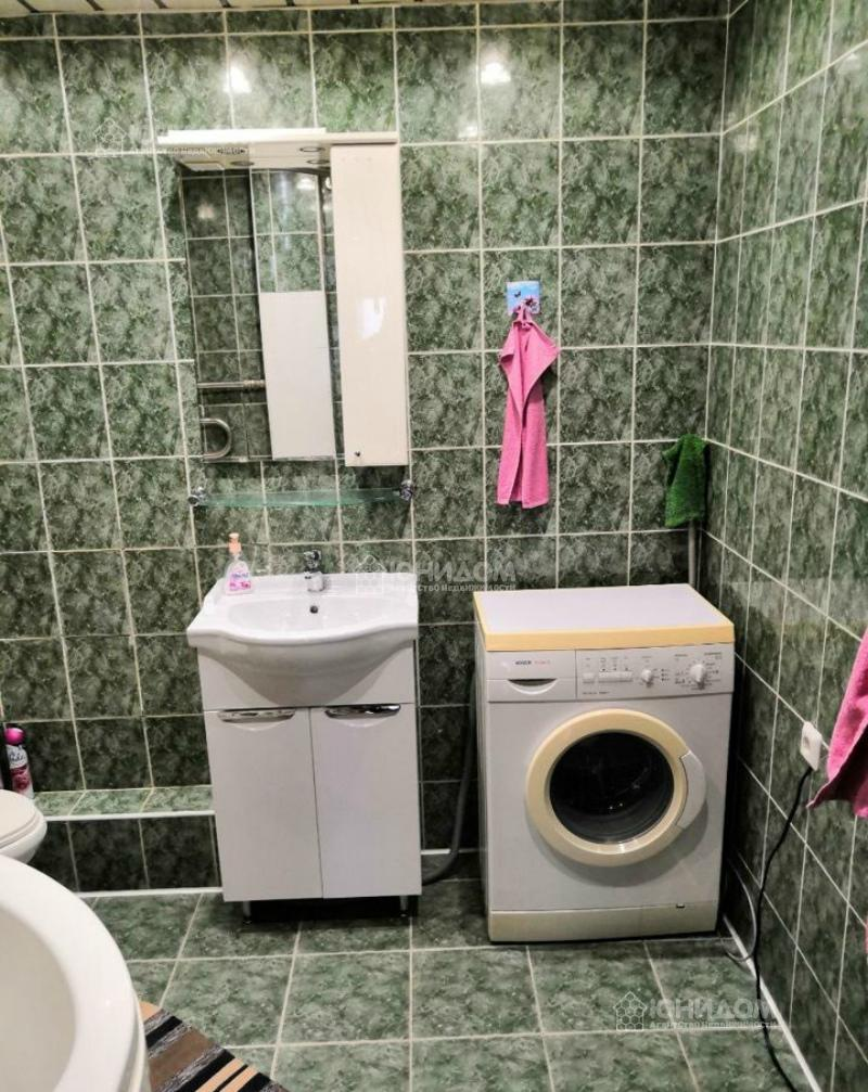 Продам 3-комн. квартиру по адресу Россия, Тюменская область, Тюмень, Велижанская 72 фото 10 по выгодной цене