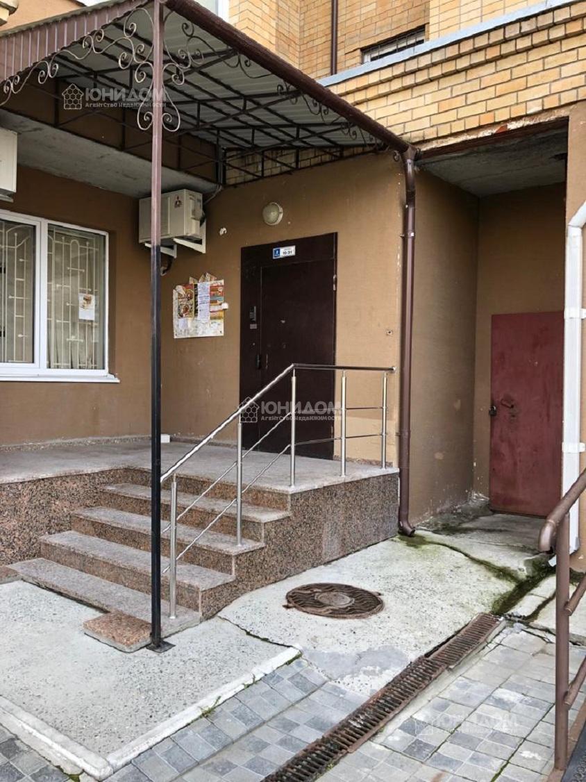 Продам 4-комн. квартиру по адресу Россия, Тюменская область, Тюмень, Александра Логунова 11 фото 5 по выгодной цене