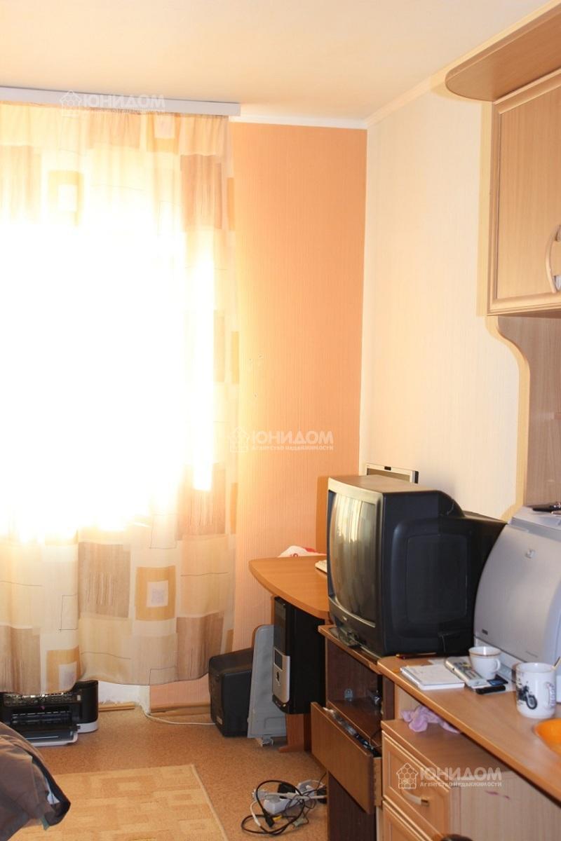 Продам инд по адресу Россия, Тюменская область, Тюмень, Ватутина, 79 к1 фото 0 по выгодной цене