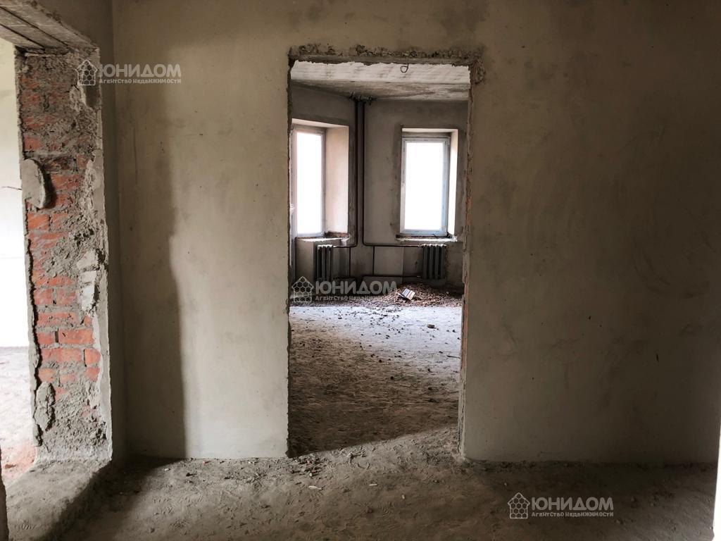 Продам 4-комн. квартиру по адресу Россия, Тюменская область, Тюмень, Александра Логунова 11 фото 13 по выгодной цене